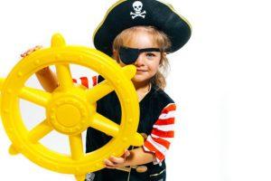 Swing Kingdom Pirate Ship's Wheel